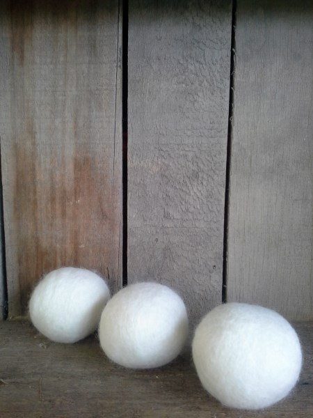 wooly mates natural wool laundry tumble dryer balls